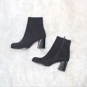 VTG 1990s Grunge Ankle Booties